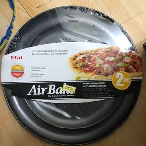 Other - T-fal pizza pan